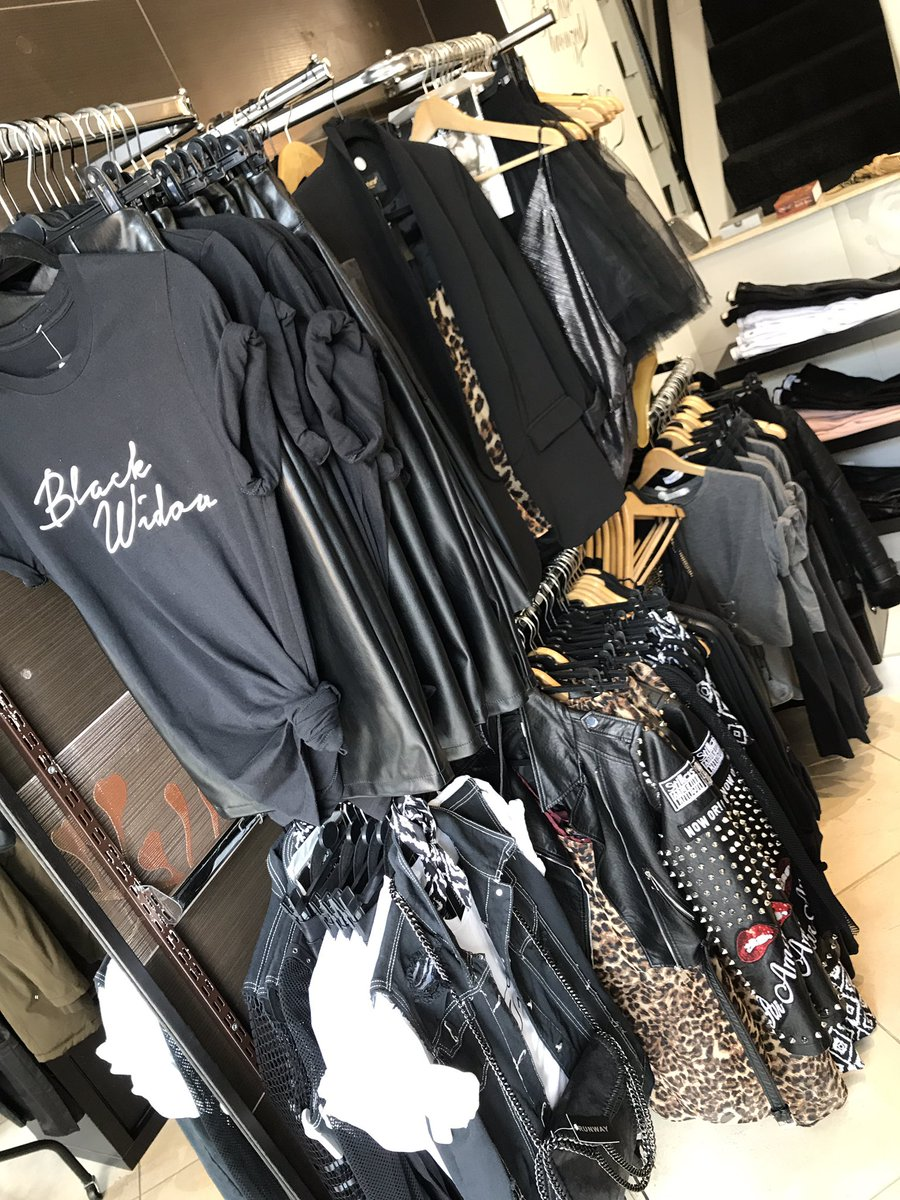 R U N W A Y #newseason #runway #instore #fashionblogger #stylist #retail #fashionista #independent #boutique #lovealderley #notsobasic <br>http://pic.twitter.com/KO4VnSwKXZ