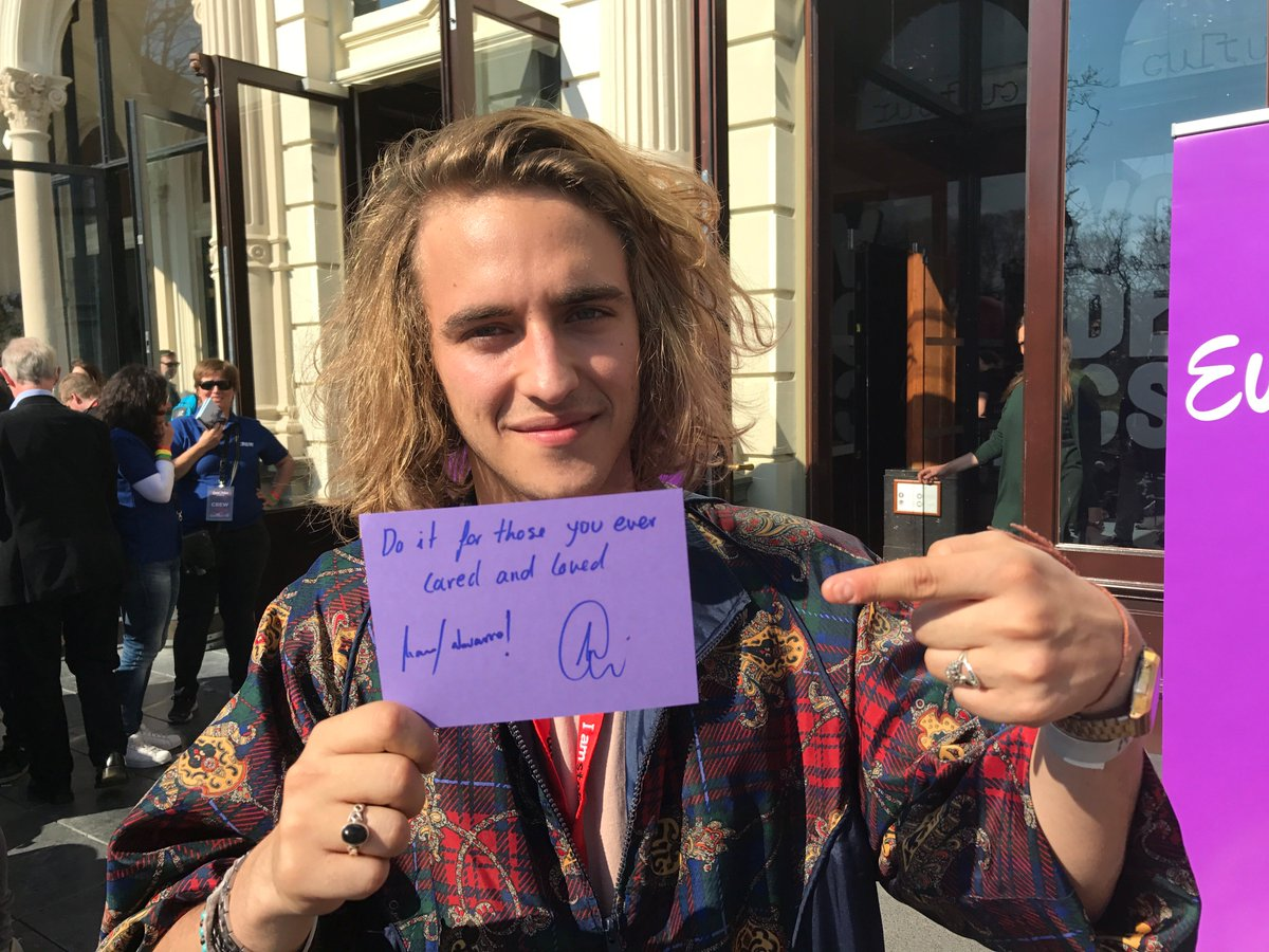 This week&#39;s #tbt is to @ManelNMusic&#39;s favourite lyrics from his #Eurovision entry. Perfect summer vibes! <br>http://pic.twitter.com/uIXPft2vLa