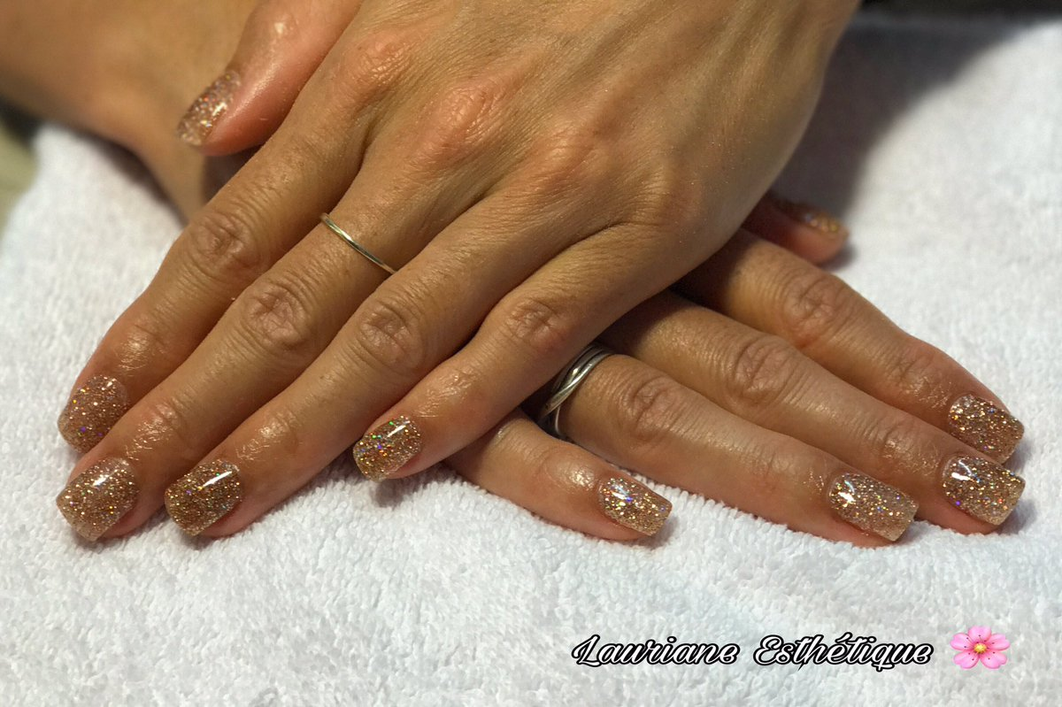 Pose DIP Powder sur ongles naturels #nails #nail #ongle #ongles #dippowder #cannes #cotedazur #lecannet #mougins #laurianeesthetique #beaute<br>http://pic.twitter.com/Ilb9MftXtN