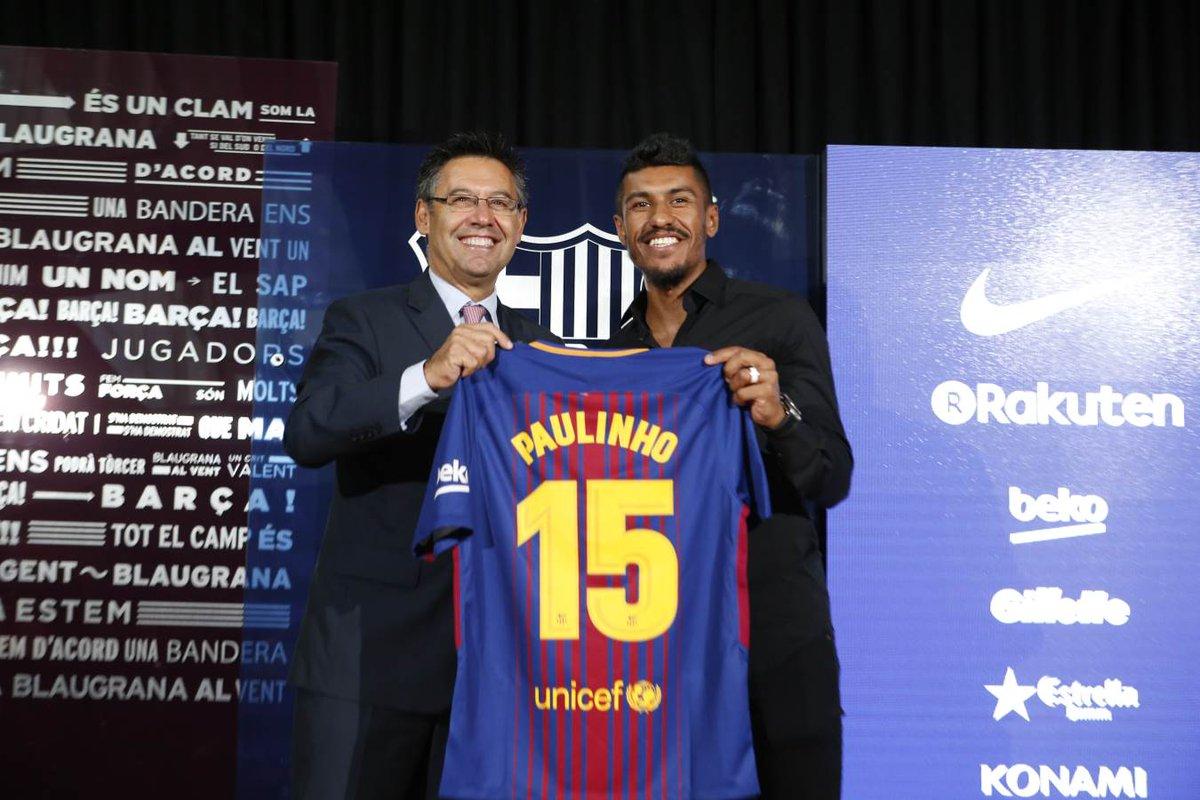 Paulinho é apresentado pelo Barcelona. Siga o vaivém! https://t.co/NM4qygFItw