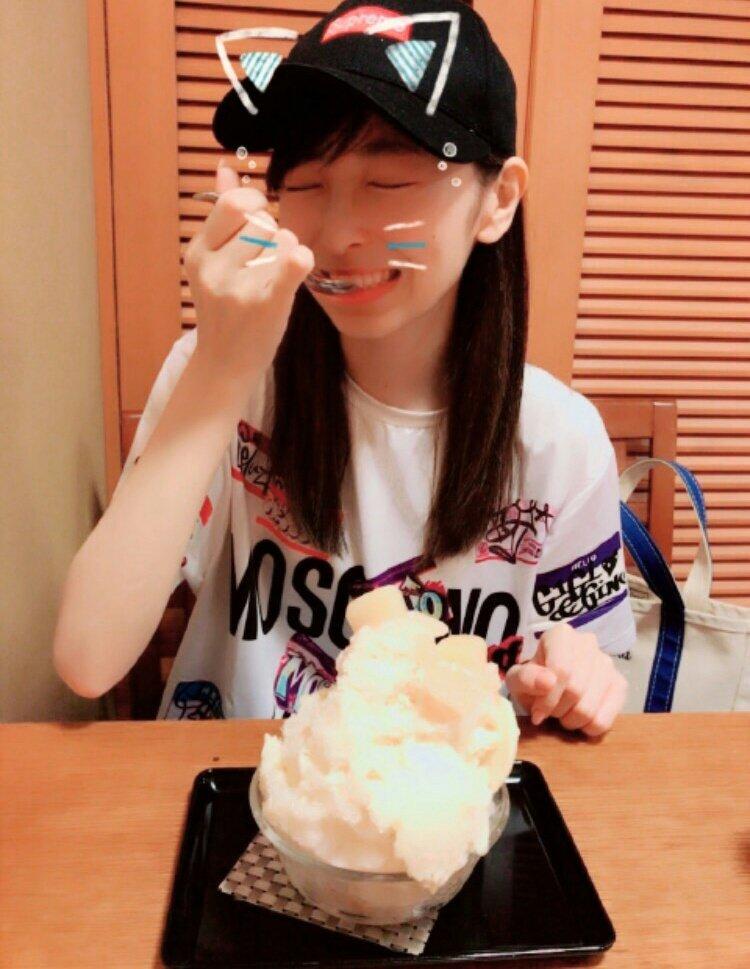 今日は、名古屋でリハーサルの空き時間にまさなとすっぴんデートしました👫💕 大好きな人とかき氷を食べれて幸せ🍧💕 また来年の夏も、一緒に食べよ...