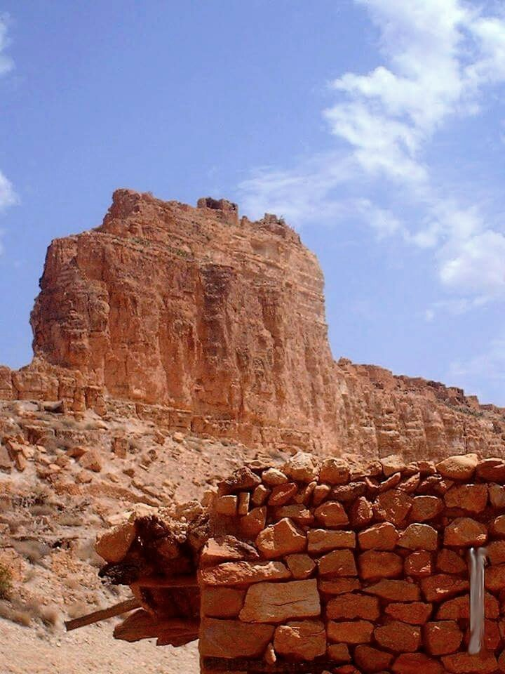 &quot;The Monuments Must Go&quot; Fortress of Aith Mensour near Ghoufi, Batna. Welcome to #Algeria  This is our Algerian Grand Canyon <br>http://pic.twitter.com/GxvXYnjI4I
