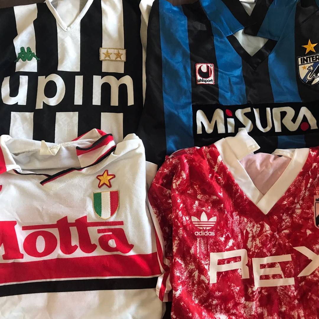 Look what I found in my son&#39;s wardrobe #juventusfc #inter #acmilan #udinesecalcio #jurgenkohler #beppebergomi #francobaresi #marconegri<br>http://pic.twitter.com/VhsDXVxxAA
