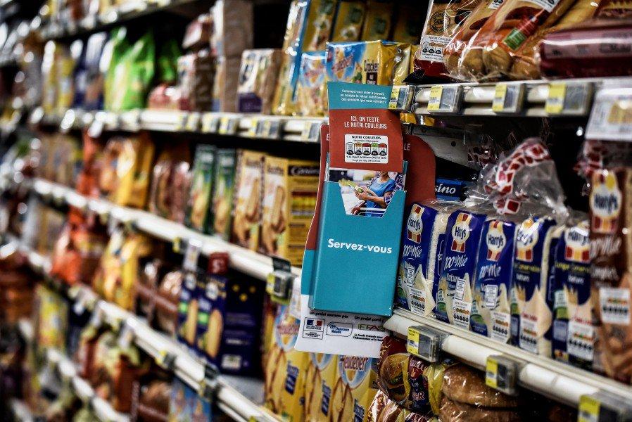 Enfermés dans un supermarché, deux adolescents se goinfrent de nourriture et d'alcool https://t.co/rnXyzkOc7q
