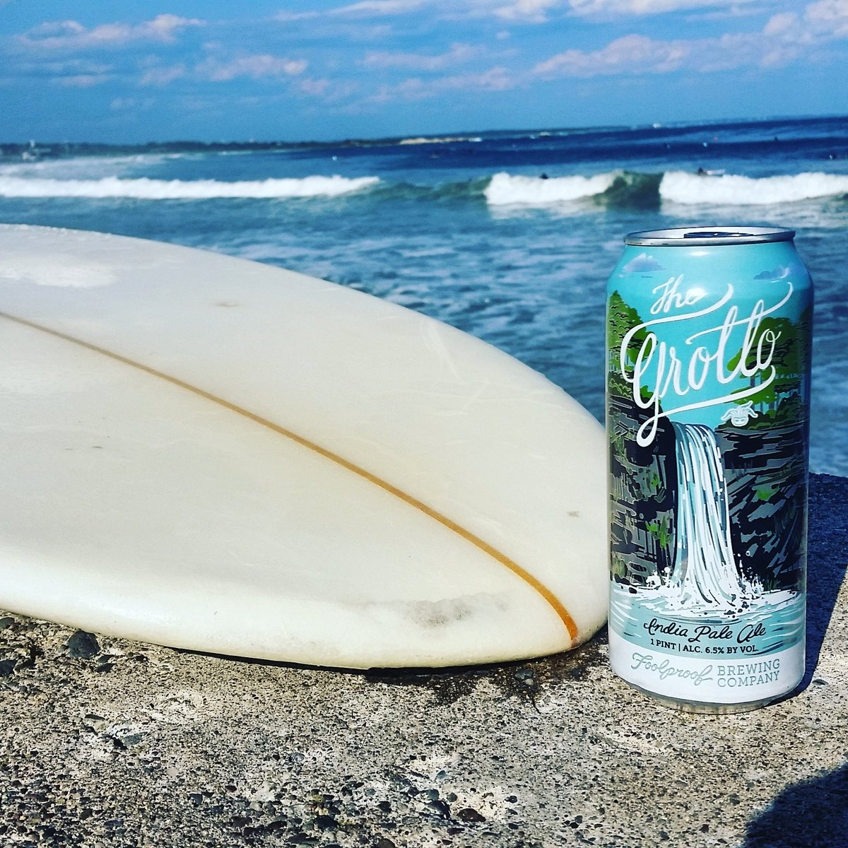 Surfs up and taps are open tonight for tastings 4:00pm-7:00pm. #surfboard #tastings #taproom #beertasting    #waves #beer<br>http://pic.twitter.com/67AYeBjTCc