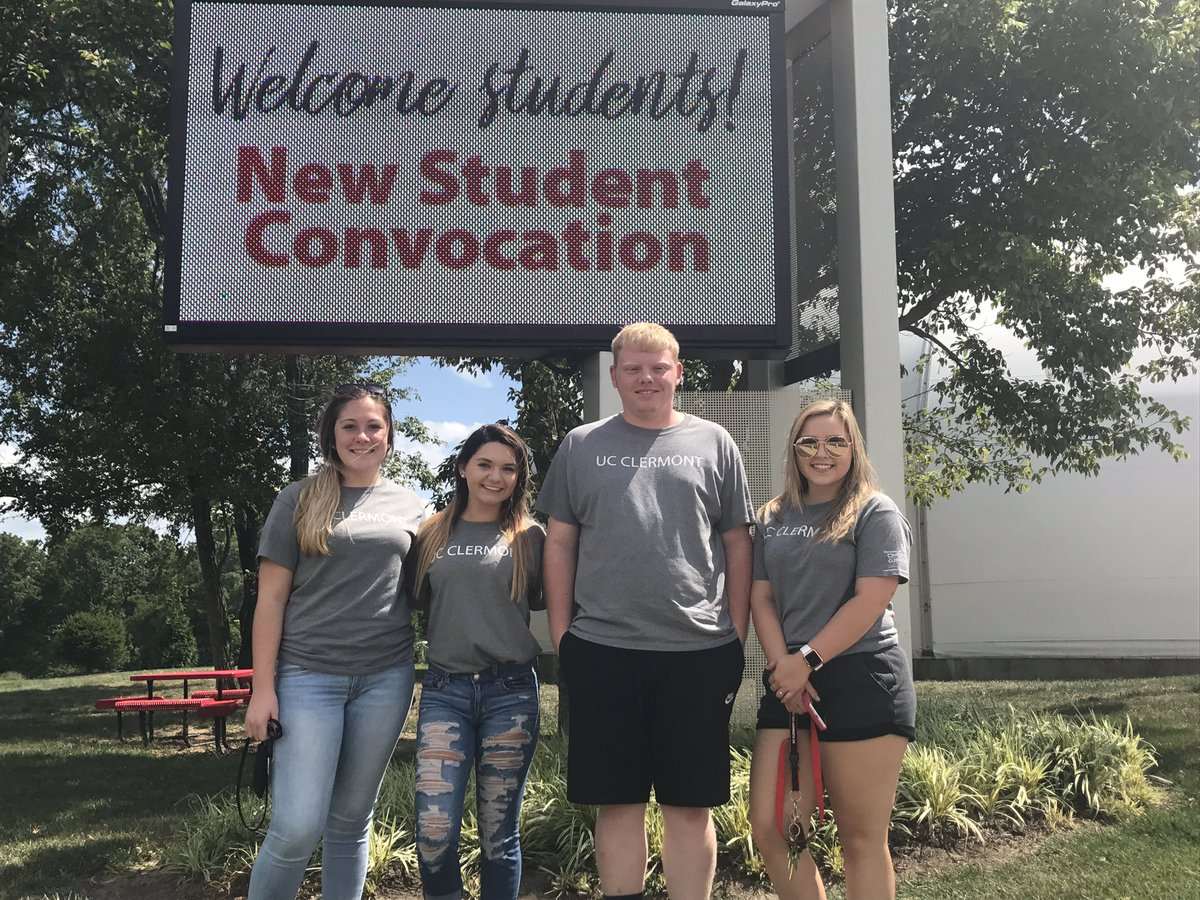 These Western Brown HS grads are ready for their new adventure! #welcome #UCCFirst #studentConvocation @wbhsathletics wbhsathletics<br>http://pic.twitter.com/D525bnGLO2