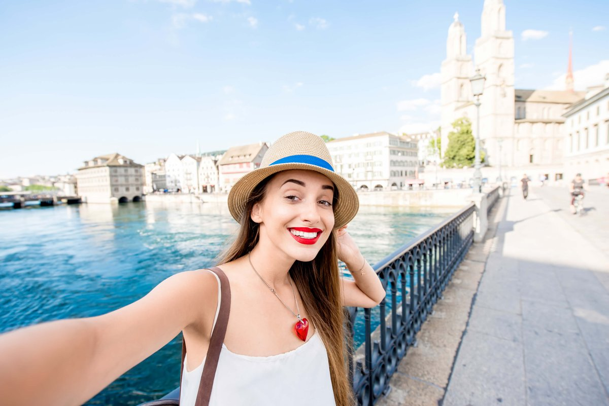 Moving To Zurich From The UK - Best Restaurants  #movingtoswitzerland #movingtozurich #removalstoswitzerland #remova http://www.b2s.pm/6ROPcE