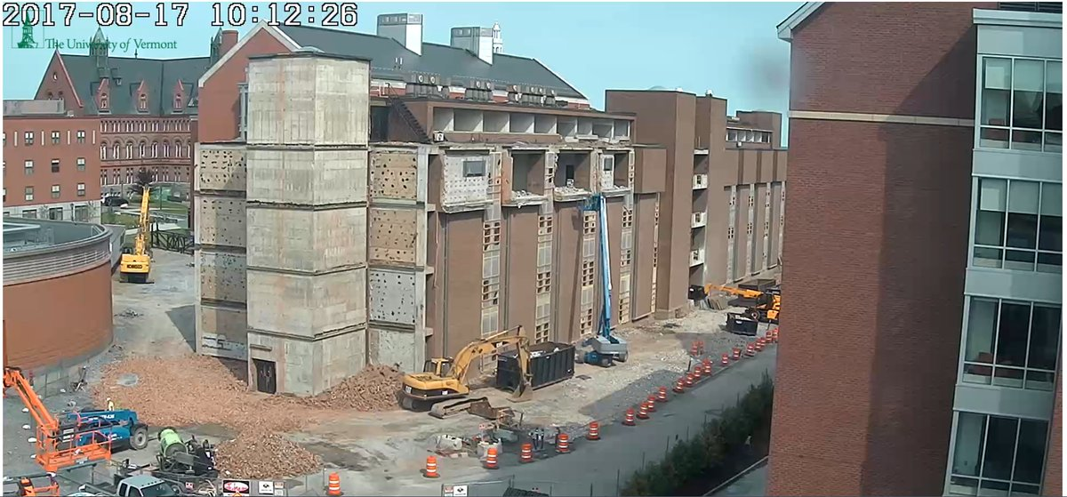 #sustainability in #construction also includes #deconstruction! Cook Science Bldg @uvmvermont being recycled, live:  https:// streaming.uvm.edu/stem/embed_ste m.php?id=2 &nbsp; … <br>http://pic.twitter.com/XxYmiwmHgv