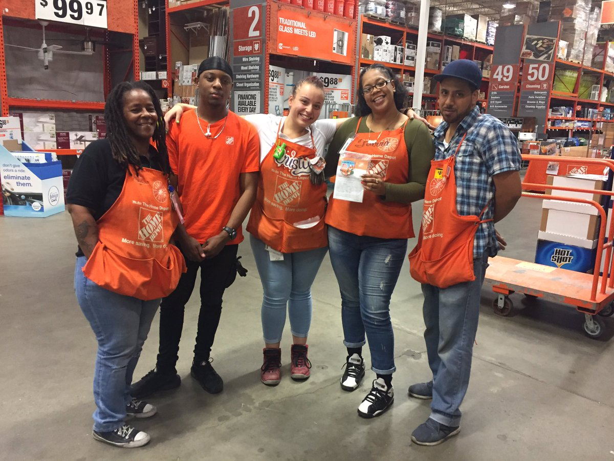 Recognizing Tiarra From The Service Desk For Great Customer Servicepictwitter JHx4fE0081 At Home Depot