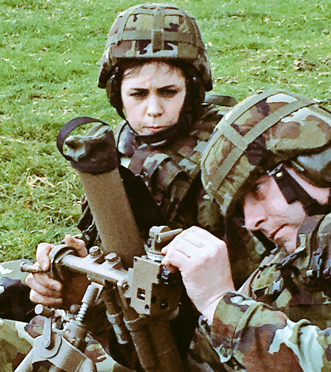 6 Inf Bn firing the 60mm mortar in Glen of Imaal #joinourteam #RDF<br>http://pic.twitter.com/m8828PVMJR