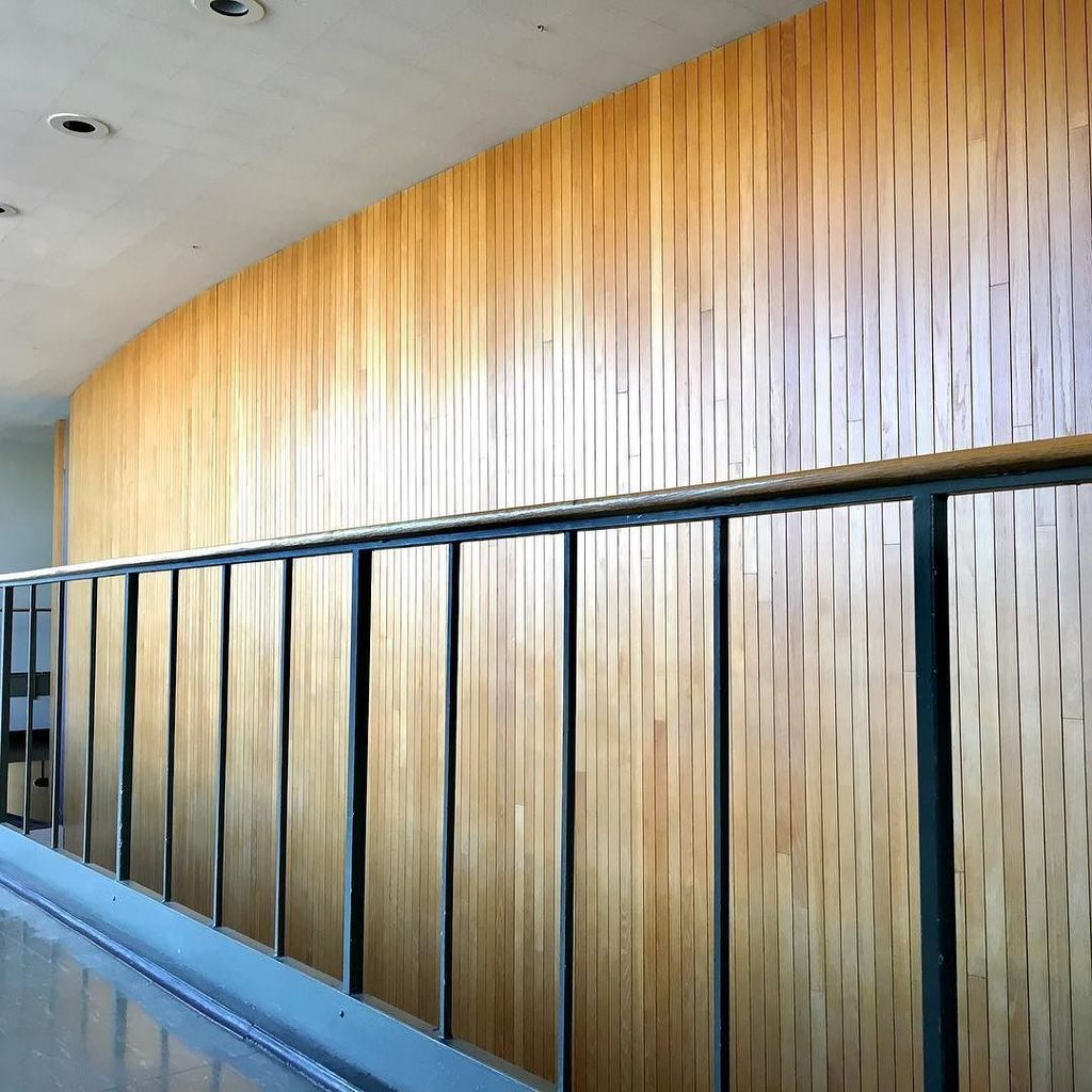 Wall of wood slats in the Fine Arts Building, built 1958. #mizzou #universityofmissouri #midmodmizzou #fineartsbuilding #woodwall #modern #…<br>http://pic.twitter.com/agcRfB0Pyn