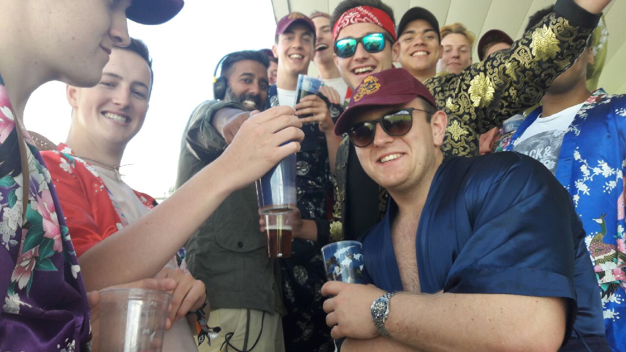 My radio life: 16 lads formerly of Royal Grammar School High Wycombe in silky kimonos at the cricket @bbc5live https://t.co/vbqMlgkE6M
