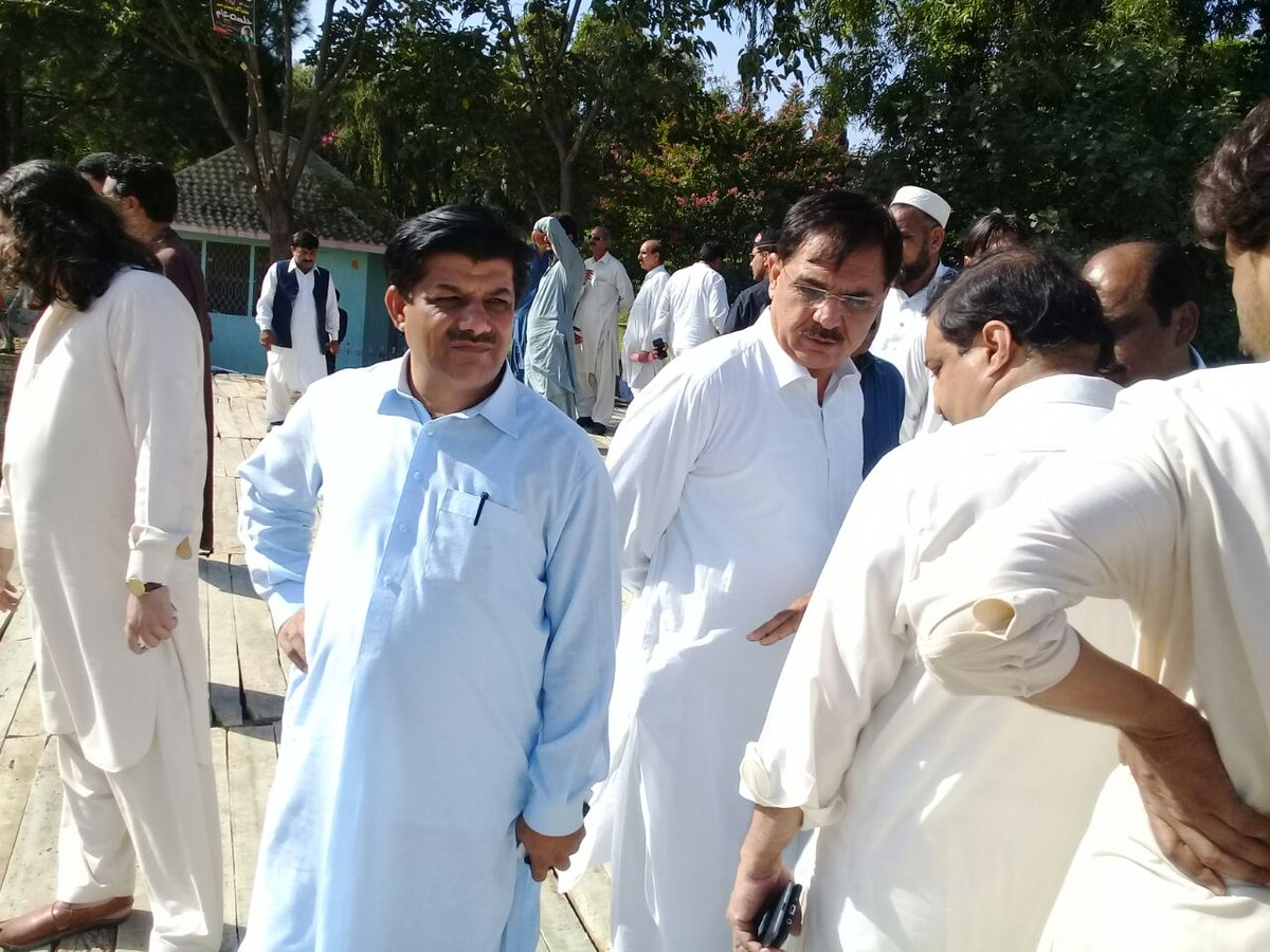 President #PPPKP @MHamayunKhan visits Jalsa Gah at #Mansehra, supervises preparation of #PPP upcoming power show in #KP. #JoinUs #19Aug<br>http://pic.twitter.com/3WQzymeLbw