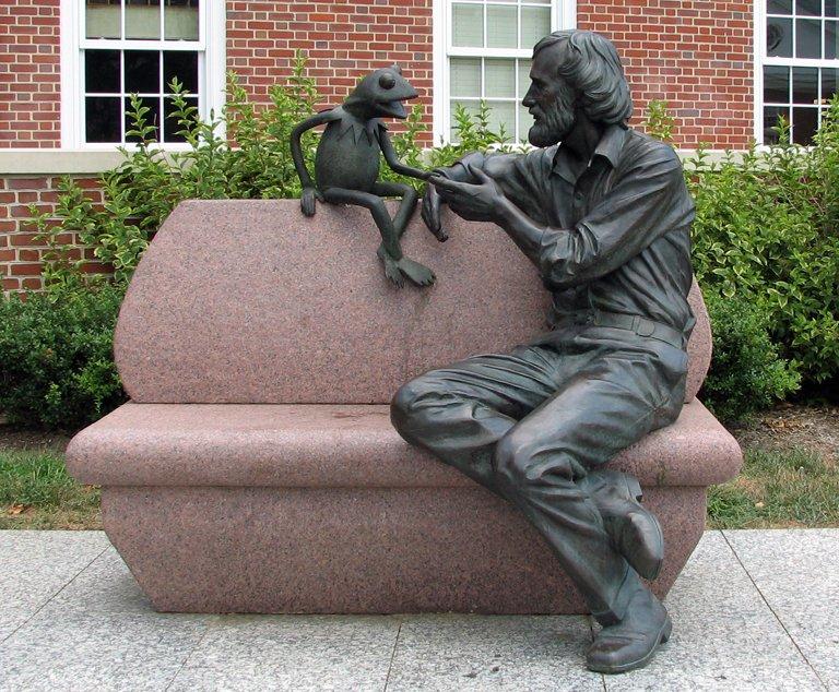 @mattdpearce Jim Henson and Kermit at the University of Maryland https...