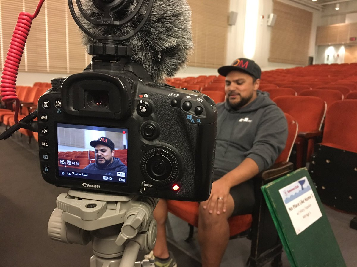 Today my @ROMKids class started filming our #SummerClub75 documentary! Kiron talked about what #museumed means to him! #staycurious #scicomm<br>http://pic.twitter.com/7ilQGmbTxm