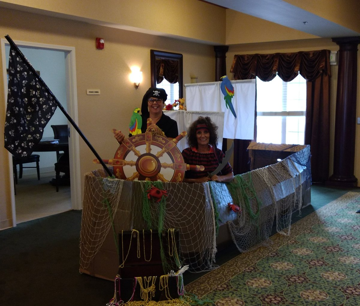 Pirates have been spotted in the Northern Ohio division! #willowsatwillard #trilogyliving #themedinner #piratesoftheCaribbean <br>http://pic.twitter.com/Ed4oVseIrm
