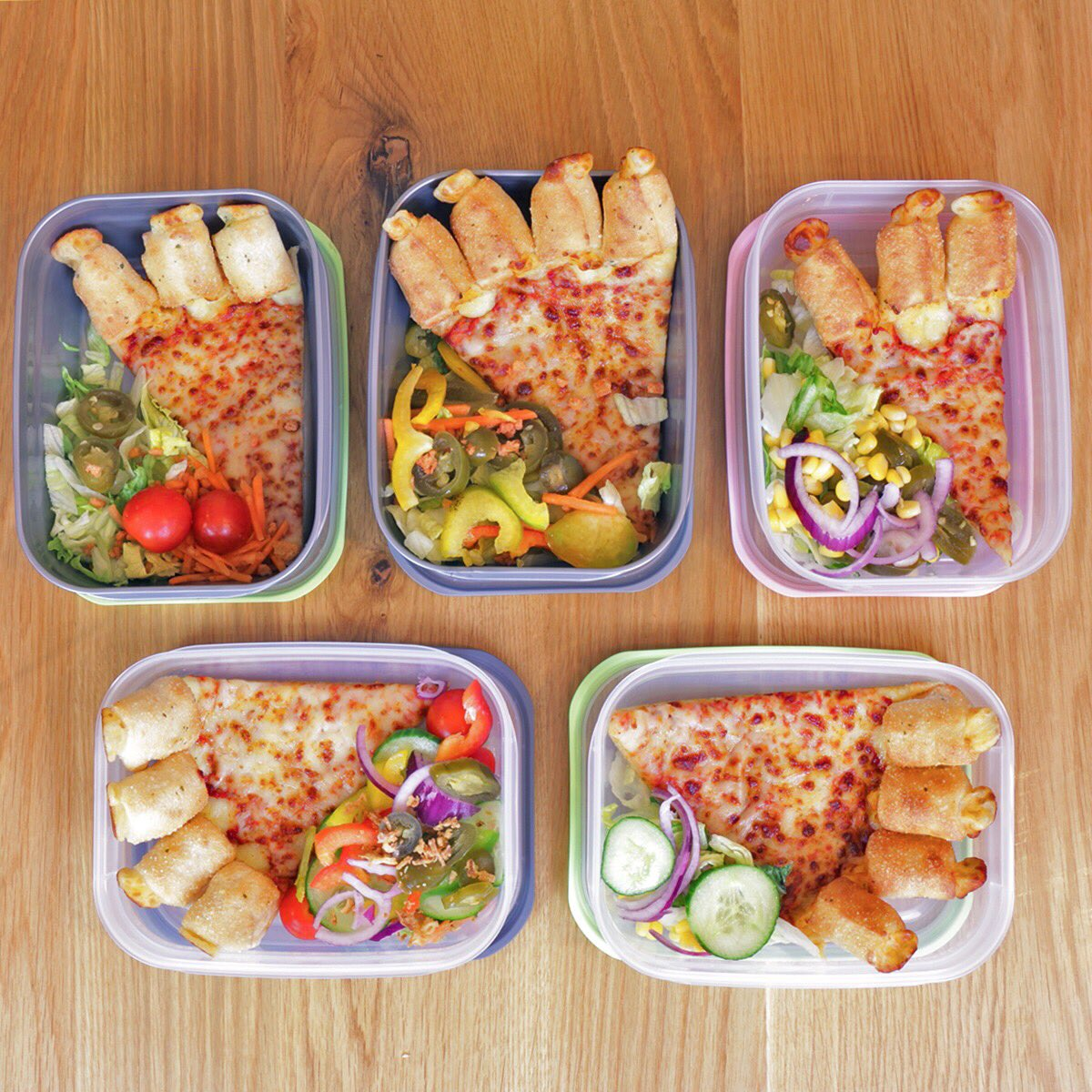 1 Pizza + 1 Salad Bar = 5 meals.  SORTED! #UniAdvice 👌 https://t.co/0j...
