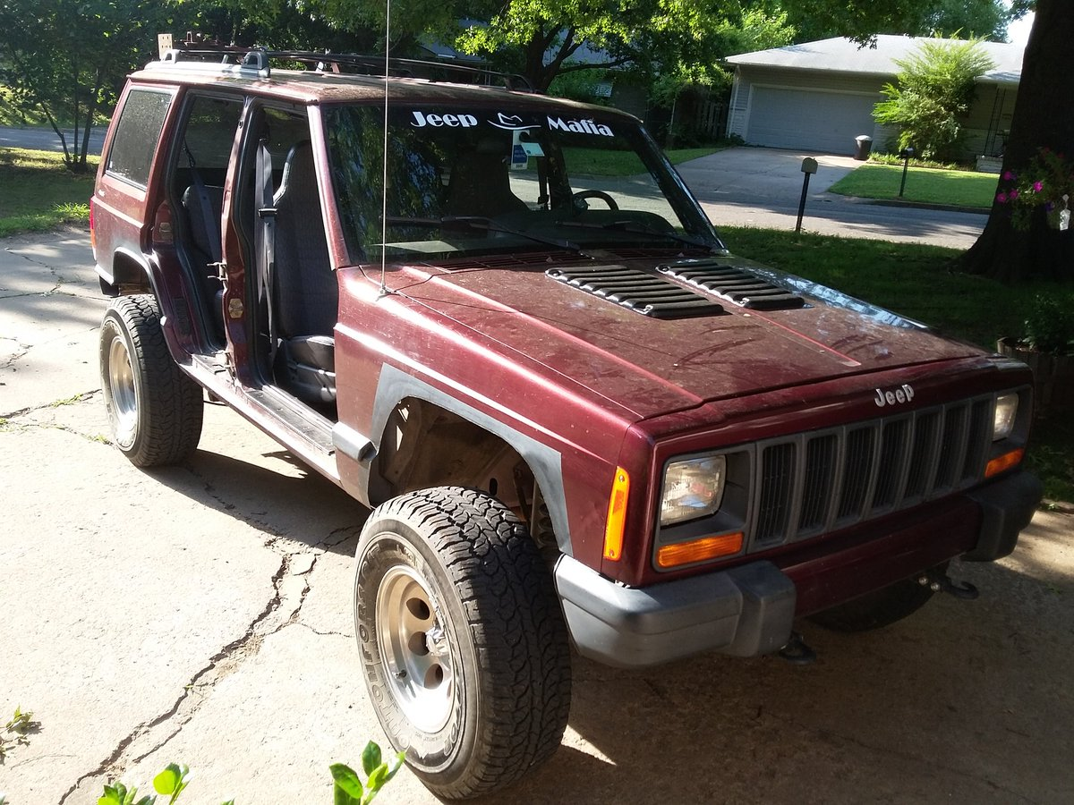 Thank you! She is a labor of love! #LoveMyXJ #BuiltNotBought #JeepMafia style! <br>http://pic.twitter.com/29hkRZPl7d