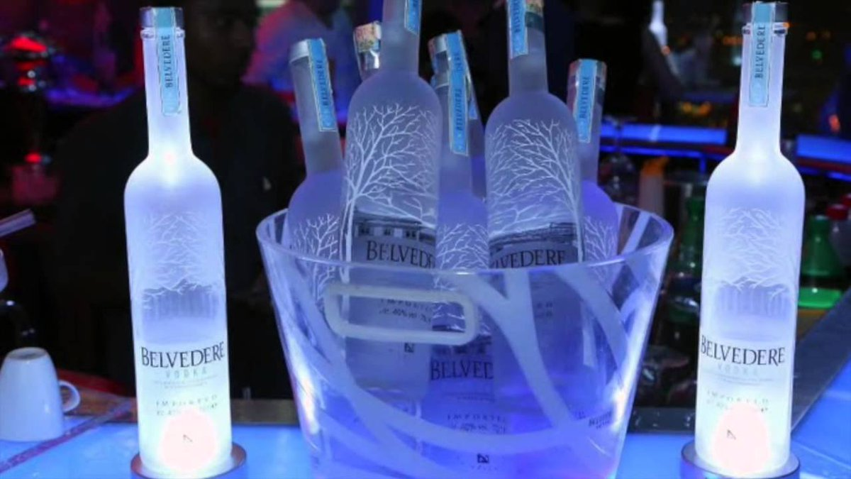 COMPETITION for @CharlieSloth This Saturday Like and retweet for your chance to win 1x 70cl belvedere 10x VIP BOOTH + ENTRY  #outout #party <br>http://pic.twitter.com/Fi0fKAoEkE