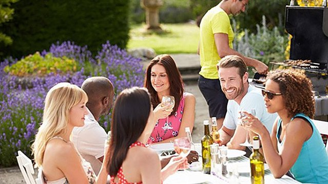 Summer #socializing time is here, and so is the time to make yourself some good #business #contacts.  http:// bit.ly/2x8WVme  &nbsp;  <br>http://pic.twitter.com/uW6XIB7Wpt