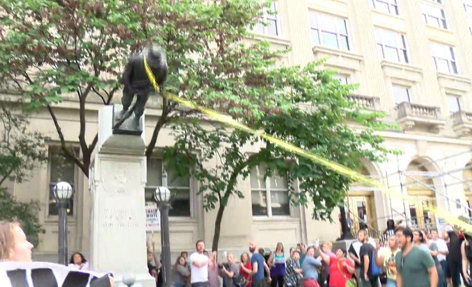 Eight people now face charges in connection with toppling of Durham, N.C. Confederate statue https://t.co/dIi6zBOIQt