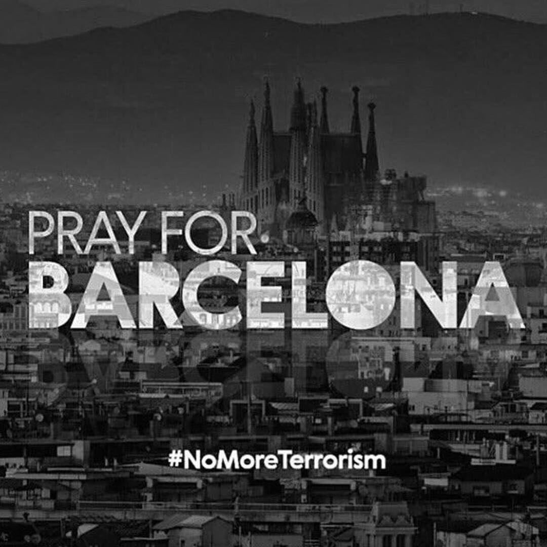 Que Deus conforte todas as famílias 🙏🏻😢😪😭 #PrayForBarcelona te quiero BARCELONA