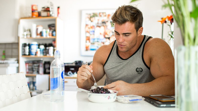 Speed up your #gainz by paying attention to the best foods and supplements for your pre- and post-workout  http:// bbcom.me/2v5AOvs  &nbsp;   #BestSelf <br>http://pic.twitter.com/6pR1DRbHfO