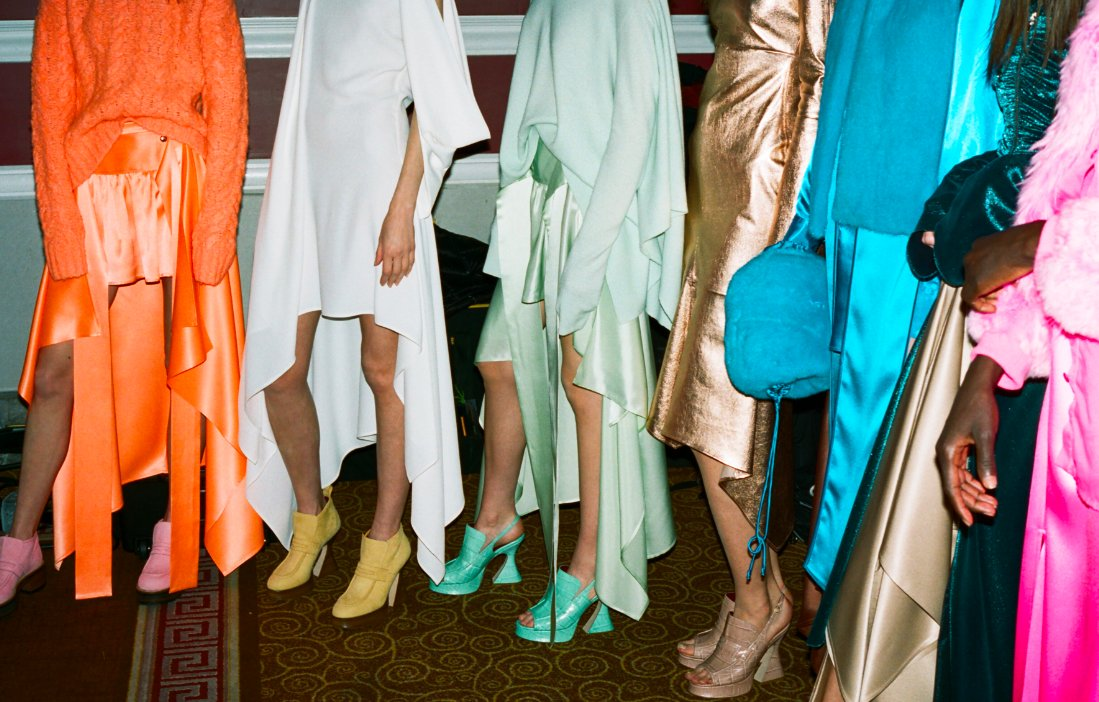Die hard shoe-lovers rejoice: Sies Marjan unveils noteworthy full shoe collection.  https://t.co/poaVIPvbnd