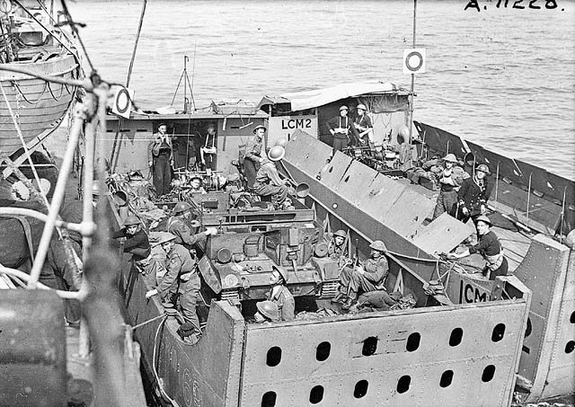 #LestWeForget, Canadians at #Dieppe helped forge the path to #D-Day: #...