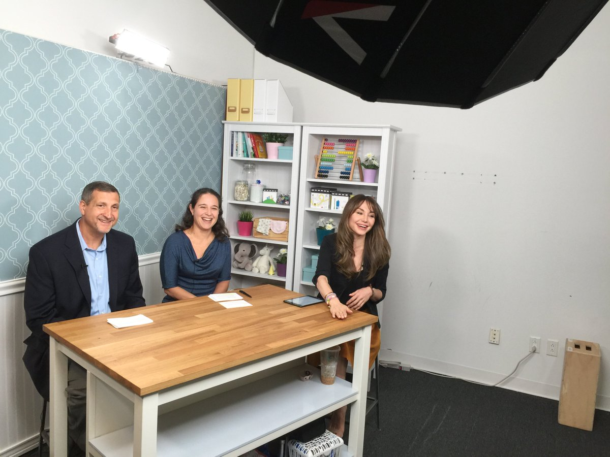 Our Dr. Cohn at @whattoexpect discussing how #parents can protect their little ones from diseases. Watch here:  http:// bit.ly/2v5PDOV  &nbsp;  <br>http://pic.twitter.com/UrNEChOINb