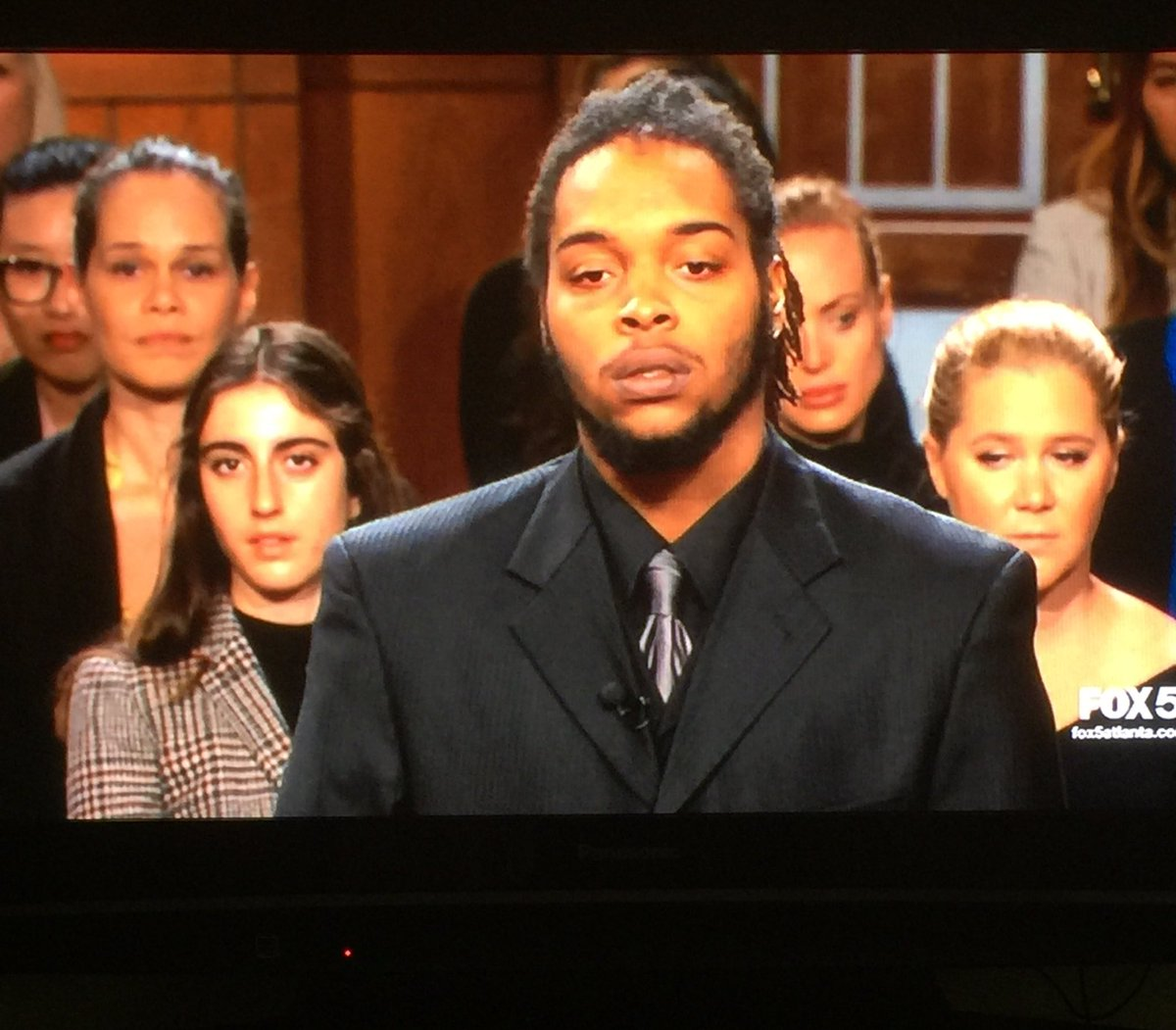 'Judge Judy' Fans Confused After Spotting Amy Schumer in the Audience