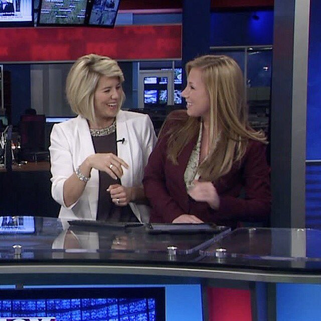 Here&#39;s a pic from my internship in 2013 in honor of @angelaganote&#39;s #Sweet16 at FOX59. I&#39;m so grateful to call her my friend! Congrats! #TBT<br>http://pic.twitter.com/uwmMdSXD59
