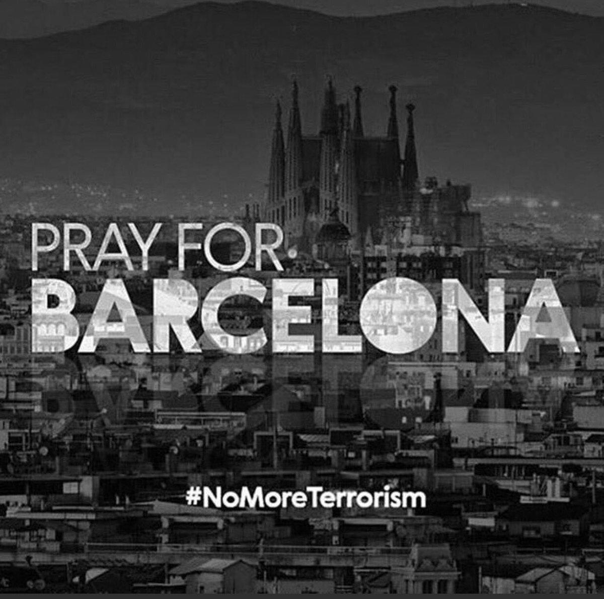 Trencada, horroritzada.                    Força Barcelona! https://t.co/GcX8eFa14d