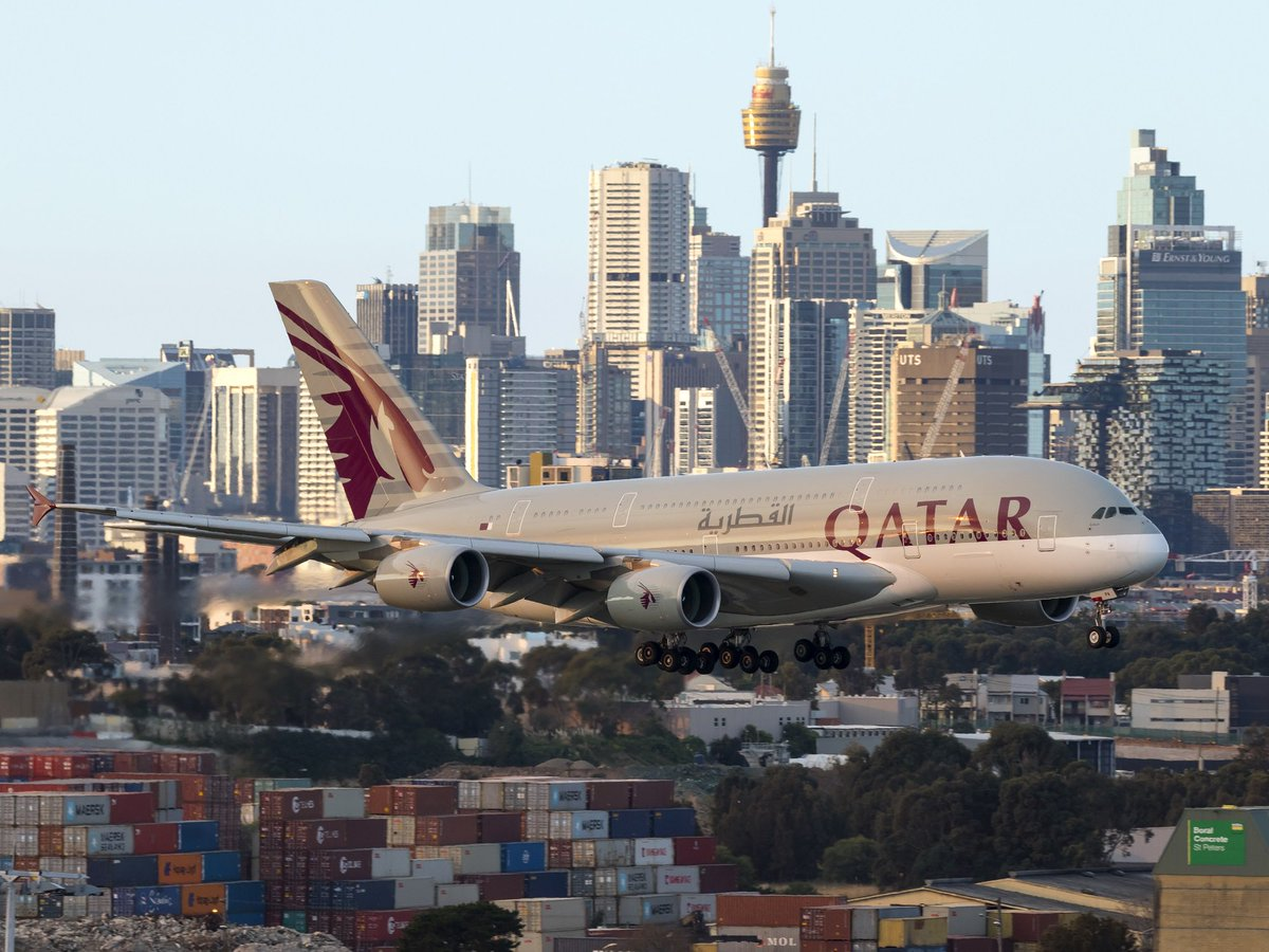 We're coming in to land on Friday, Sydney! #friyay  📷: Seth Jaworski h...