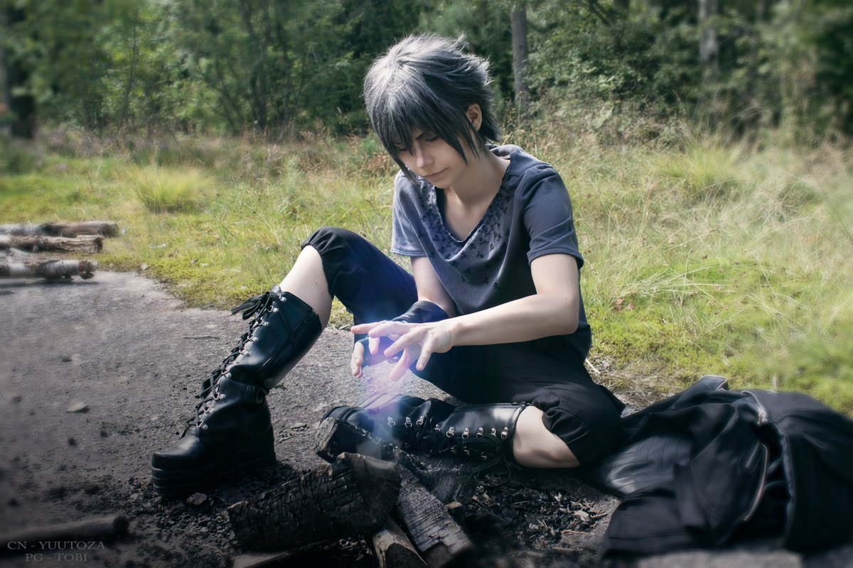 Noctis tries to survive on his own... What a nice fireplace you got the noctis..  #noctis #cosplay #cosplayer #ffxv #finalfantasyxv<br>http://pic.twitter.com/ywVkLYhNhf