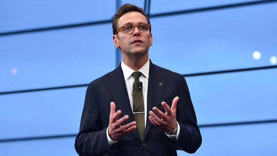 James Murdoch rips Trump: 'Standing up to Nazis is essential' https://...