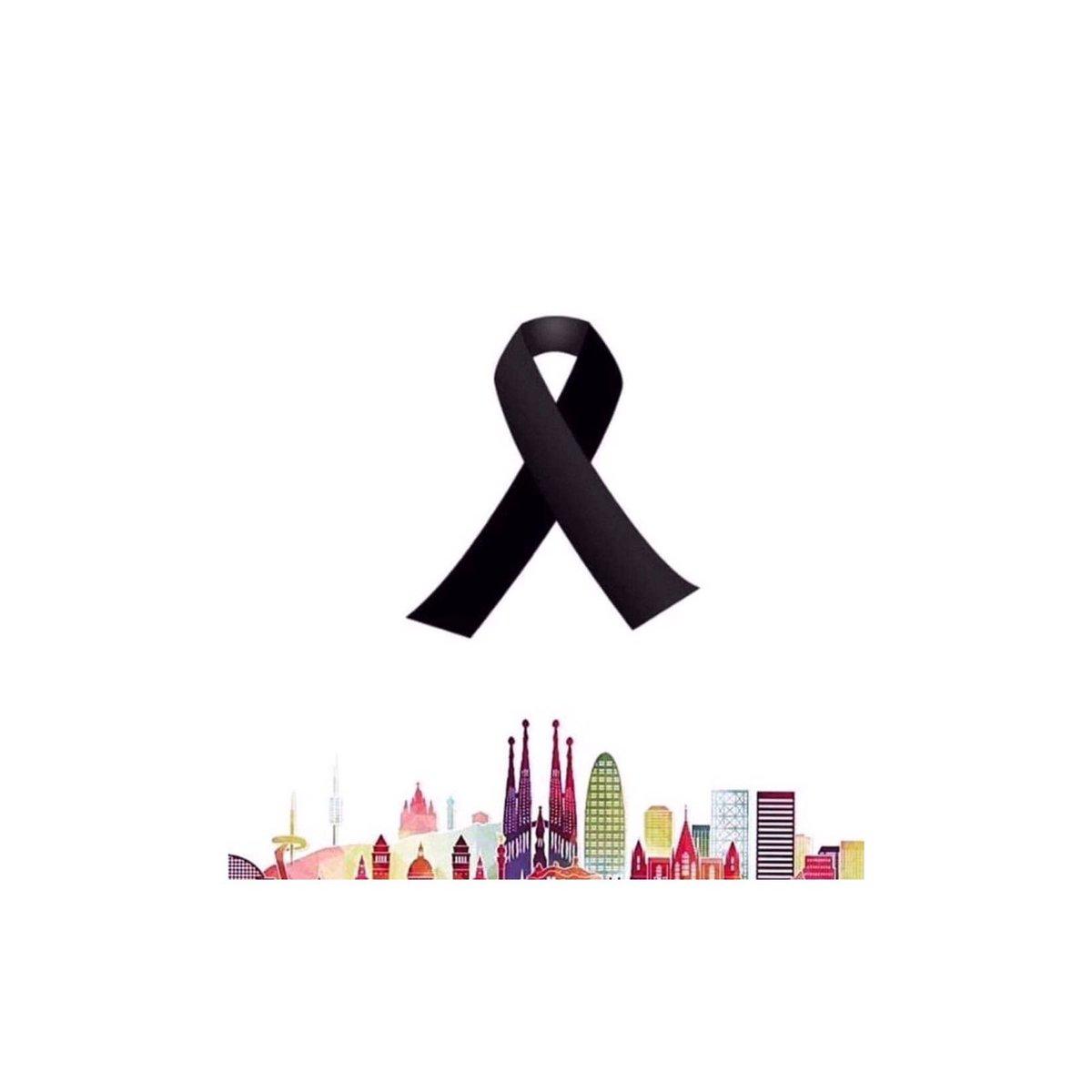PLEASE #PRAYFORBARCELONA https://t.co/1UgkqUfq9u