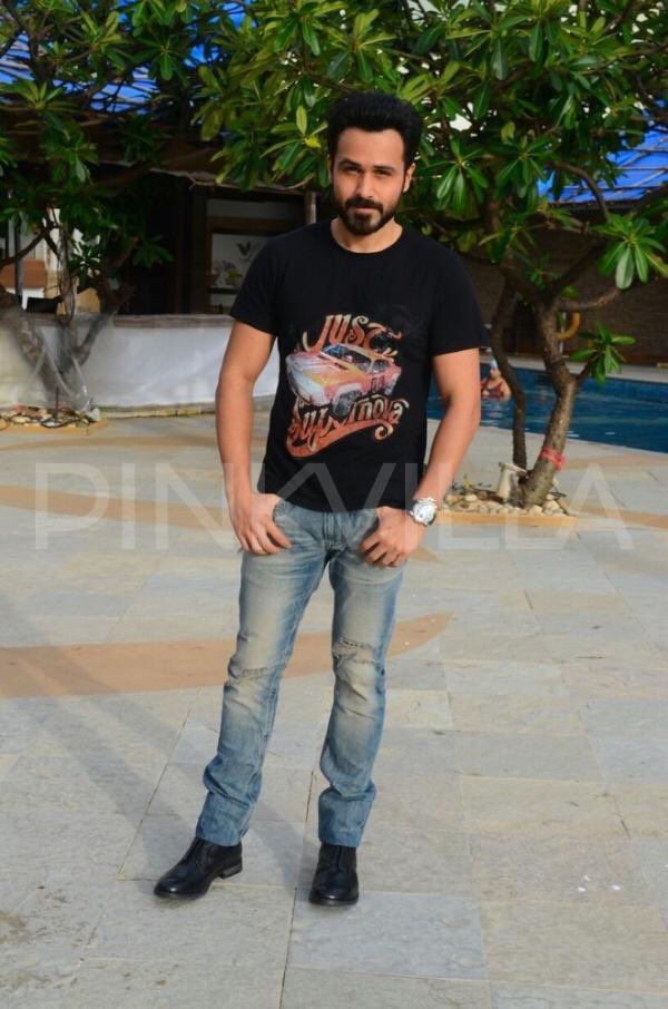 Pic&#39;s of the day @emraanhashmi #Baadshaho promotion Good morning sir <br>http://pic.twitter.com/0BzYZDIBdg