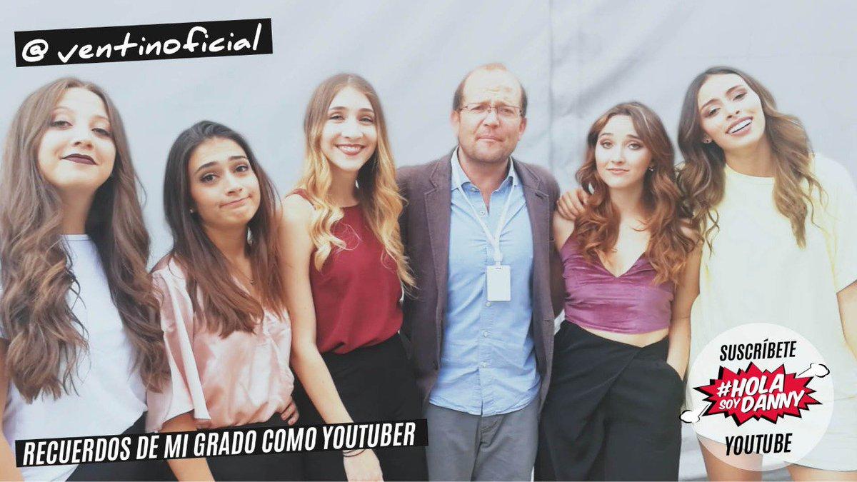 #QuisieraGraduarmeDe youtuber y de cantante con la ayuda de @Ventinofi...