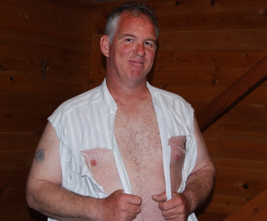 LOOK LIKE THIS GUY? get monthly salary  http:// MODELINGPORTFOLIO.org  &nbsp;   #redneck #fighter #man #fighting #wrestler #wrestling #ripped #torn #shirt<br>http://pic.twitter.com/uUmEVdhGS9