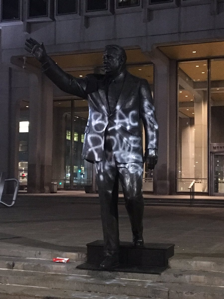 #BreakingNews: #FrankRizzo statue defaced with white spray paint that...