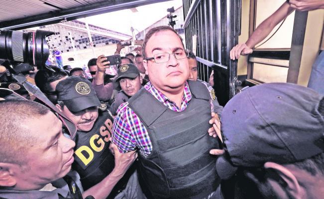 Inicia Javier Duarte huelga de hambre en el reclusorio https://t.co/Dc...