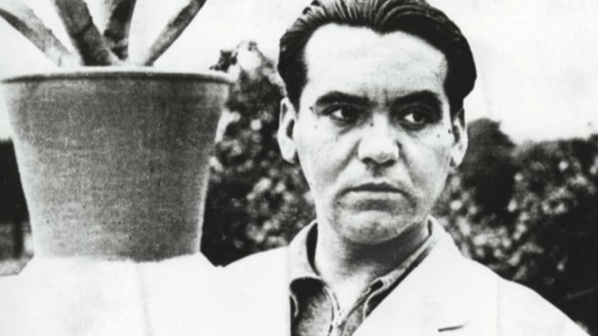 Homenaje a Federico García Lorca en los 81 años de su fusilamiento htt...