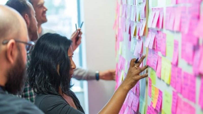 ICYMI: #GDS is drawing up plans to reshape #government #tech #procurement to make it more transparent and #agile  http:// bit.ly/2w4EfXL  &nbsp;  <br>http://pic.twitter.com/6R4k2ZKNBc