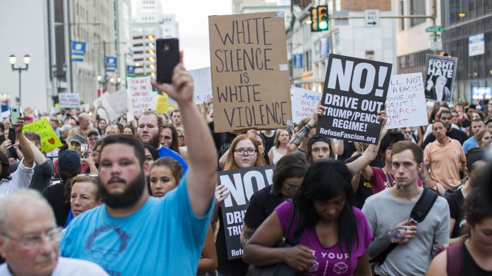 Texas A&amp;M University cancels a &#39;White Lives Matter&#39; rally over safety concerns following the #Charlottesville attack  http:// aje.io/jpb6b  &nbsp;  <br>http://pic.twitter.com/ncZXCWYBxM