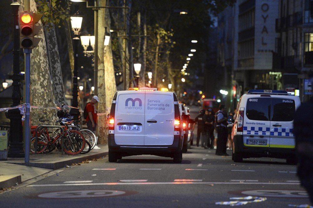 🔴 Attentat de #Barcelone : 26 Français blessés, dont 11 gravement >...