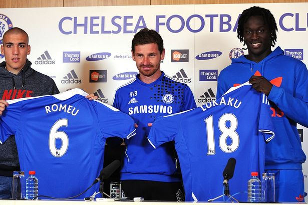On this day: 2011 - Romelu Lukaku signed for @ChelseaFC from Anderlecht. #CFC #Chelsea <br>http://pic.twitter.com/o9McbPOD35