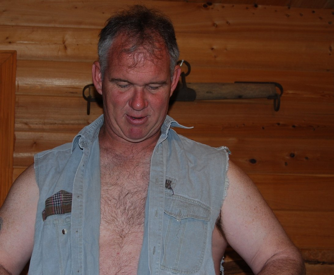 LOOK LIKE HIM? get monthly salary  http:// MODELINGPORTFOLIO.org  &nbsp;   #cowboy #daddy #farm #ranch #musclebear #daddy #beefy #stocky #hairychest #m2m #tx<br>http://pic.twitter.com/lB1cxPoJBB