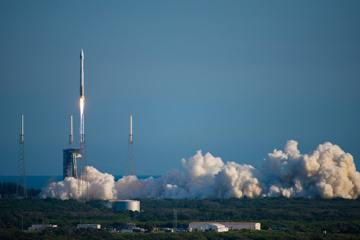 Our first launch pic. Have one to share? Use #AtlasV #TDRSM https://t....