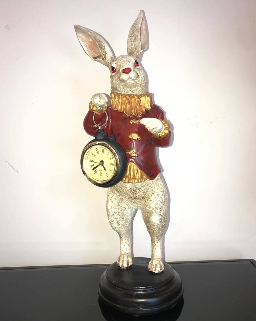 White rabbit with clock out of alice in wonderland #aliceinwonderland #whiterabbit #clock #time #watch #nofilter #lewiscarroll #rabbits #cl…<br>http://pic.twitter.com/g2dogRFTDb